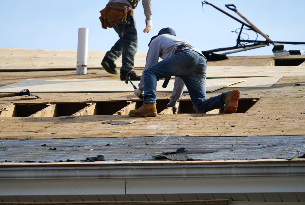 Top 7 Tips: How To Prepare Your Roof for 2021-2022 Indiana Winter